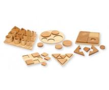 [Set de 12 puzzle-uri din lemn]